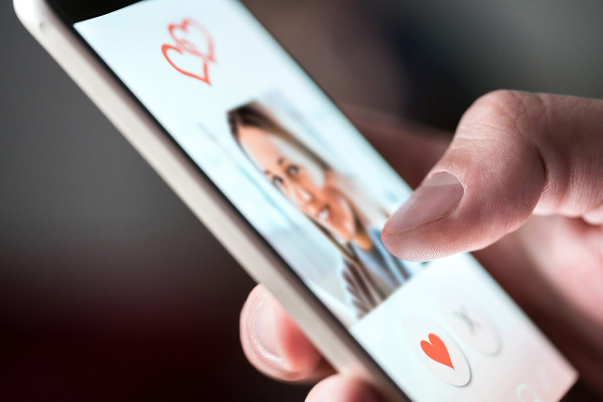 Top 4 Best Tips for Millennials on Dating Apps